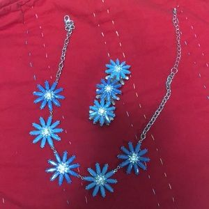 Blue Daisy Necklace & Bracelet